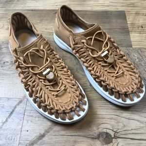 Women's Keen Uneek Cord Sandals 9